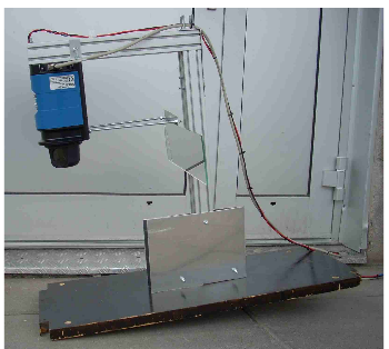 Figure 3 : The laser scanner with now the mirror
